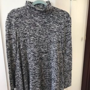 GREAT CONDITION MOCK NECK SWEATER
